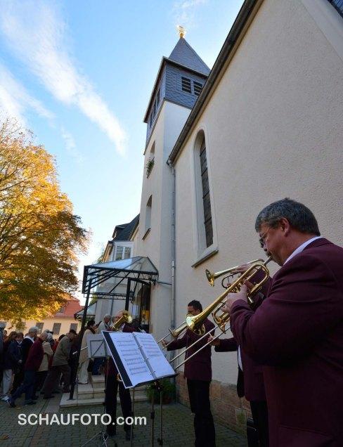 Einmarsch in die letzte Konzert-Location: Elisabethkirche.