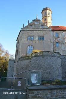 Schloss mit Trauzwinger und Bärenzimmer - ne, andersherum ;-)