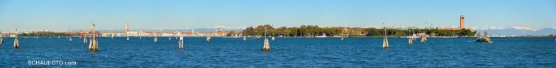 Venedig vom Bootsanleger Lido gesehen (unbedingt vergrößern!)
