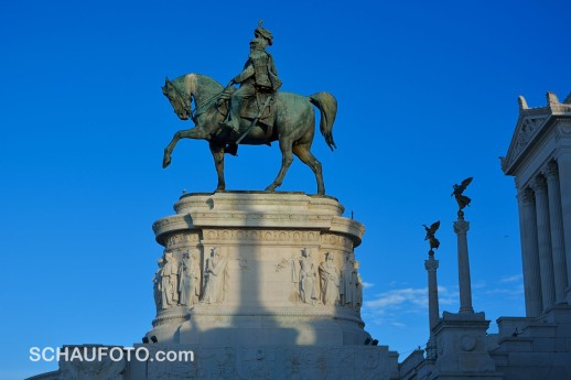 Der Vorreiter ist Vittorio Emanuele II - oder irre ich mich?