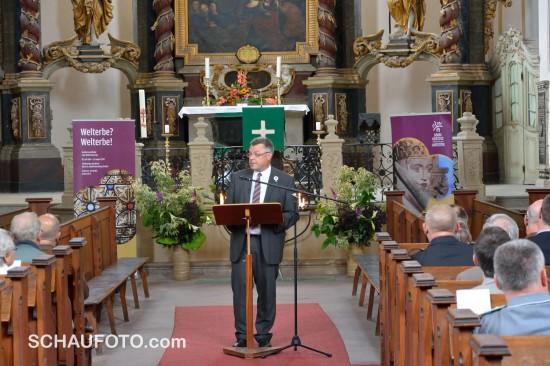 Bei der Eröffnungsveranstaltung zur Ausstellung in der Wenzelskirche