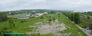 Hochwasser 2013 - das Wasser drückt von unten
