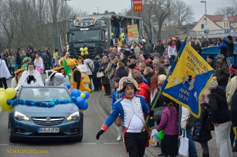 Der 1. Weißenfelser Karnevalsclub macht den Anreißer.