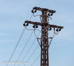 Erster, für mich fotogener Strommast.