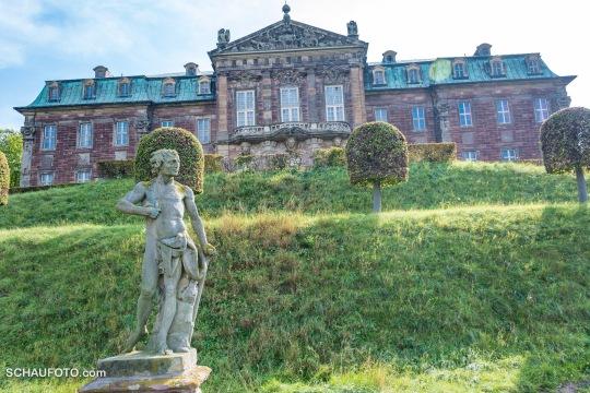 steiler Schlosshang mit Barockgarten