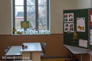 Nur am Lehrertisch gibt es eine Möglichkeit zum Fensteröffnen.