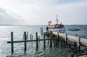 Das Postboot am Anlager von Enehøje.