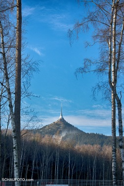 Die Grundidee ist hier gut erkennbar: Architektonische Finalisierung des Gipfels.