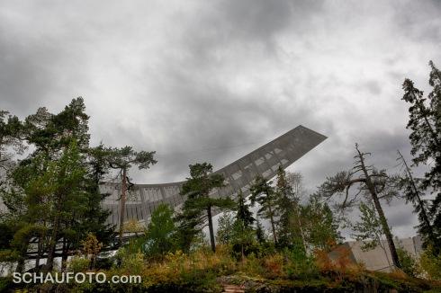 Der Holmenkollen begrüßt mit modernster Architektur.