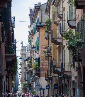Italienische Stadtbalkone II