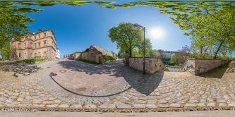 Zugang zum Schloss Neu-Augustusburg