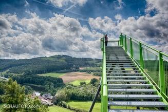 Himmelstreppe mit Blumenaumühle.