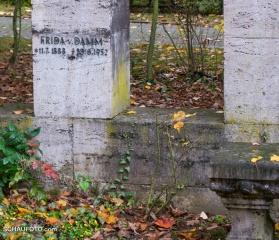 Familiengrab Dietrich, Weißenfels - 9