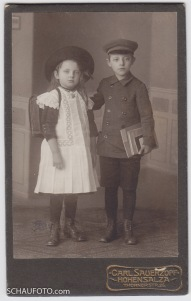 Tante Hilde, 1912