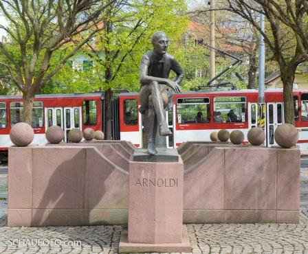 Arnoldi-Denkmal